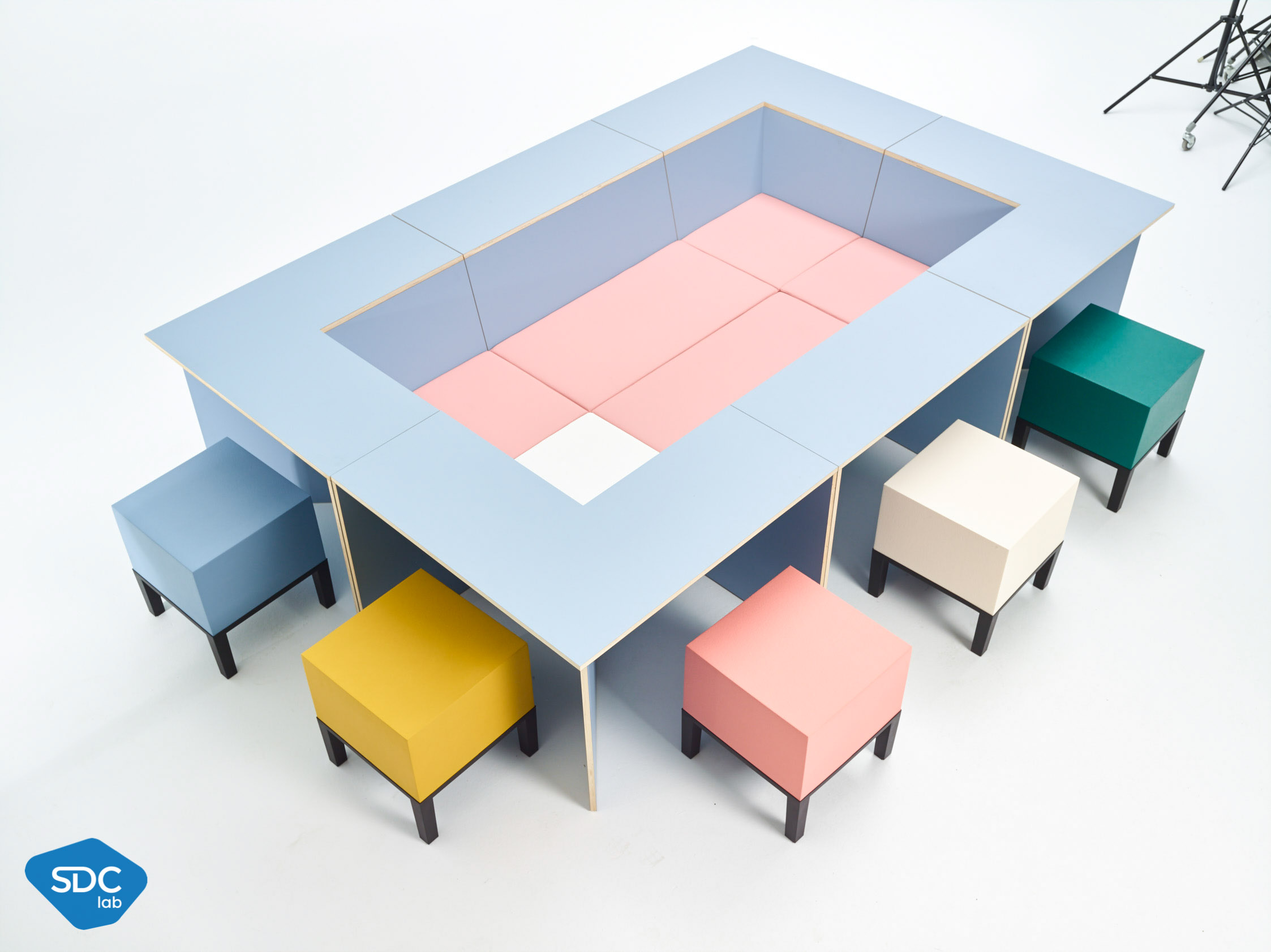 DOK office furniture system – with Polyrey