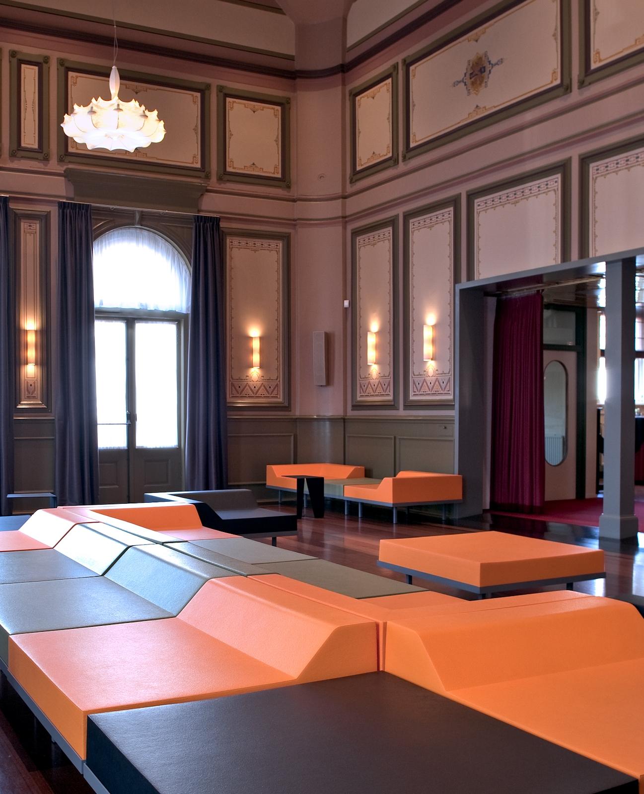 M2 seating solution – Kampen